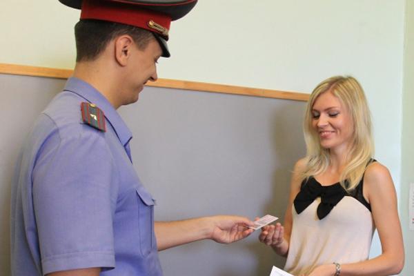Получение водительского удостоверения после сдачи экзамена в ГАИ