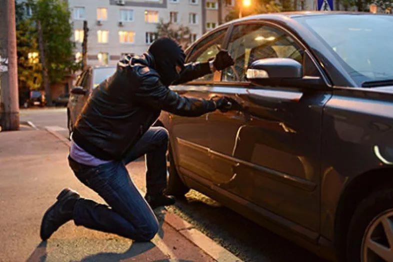 Машина в кредите: что будет если не платить КАСКО на второй год