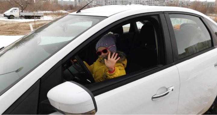 Несовершеннолетний за рулем авто